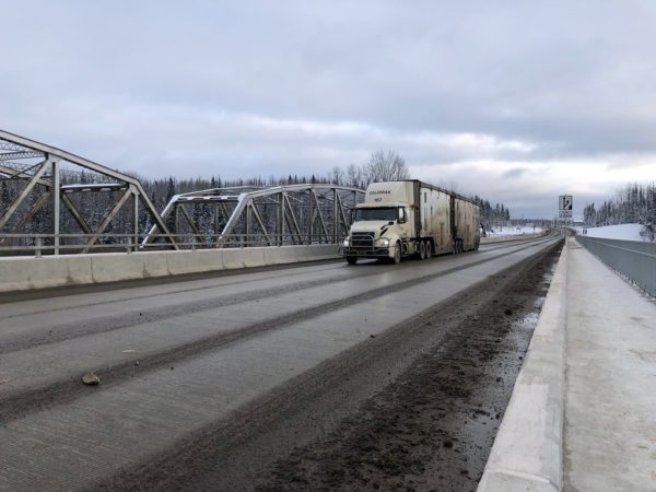 Regina residents pushing city council to halt semi-truck traffic on 9th Avenue N until road is re-built