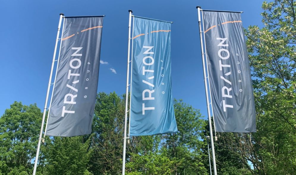Traton shakes up management