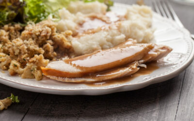 Truck stops in Wyoming & California offering free turkey dinners to truckers who can't be home for Thanksgiving