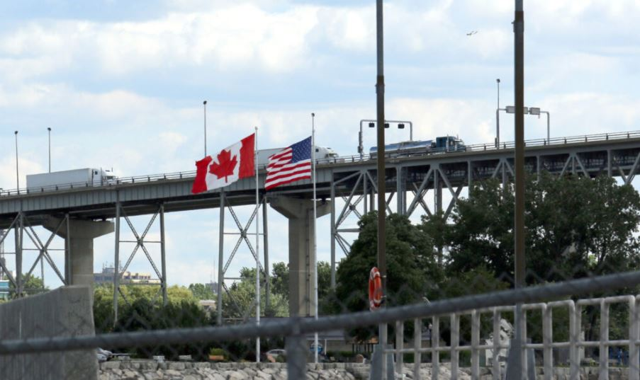 Border issues, rising insurance costs discussed at TCA's Canadian event
